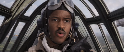Red Tails (2012)     DVDRip.XviD.AC3-Voltage +rmvb