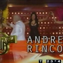 Andrea Rincon Mostrando las Tetas y Violeta Lo Re