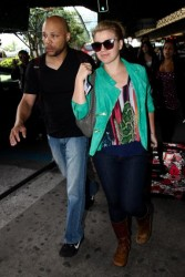 Kelly Clarkson arriving in Sao Paolo, Brazil 6/22/12